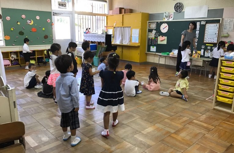 [新聞] 現代孟母舉家移居沖繩:香港教育太「Chur」