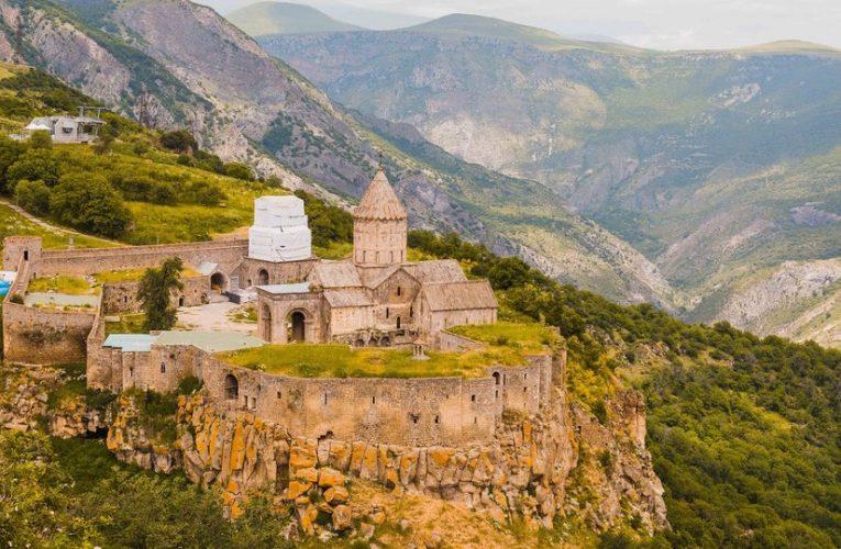 [新聞] 亞美尼亞對中國開放落地簽!你想像不到它有多美